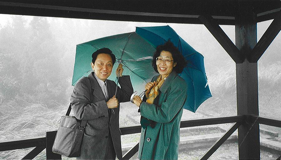 馬驍と妻 王荻地